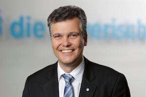 Dr. Herbert Schneidemann, Vorstandsvorsitzender Versicherugnsgruppe die Bayerische